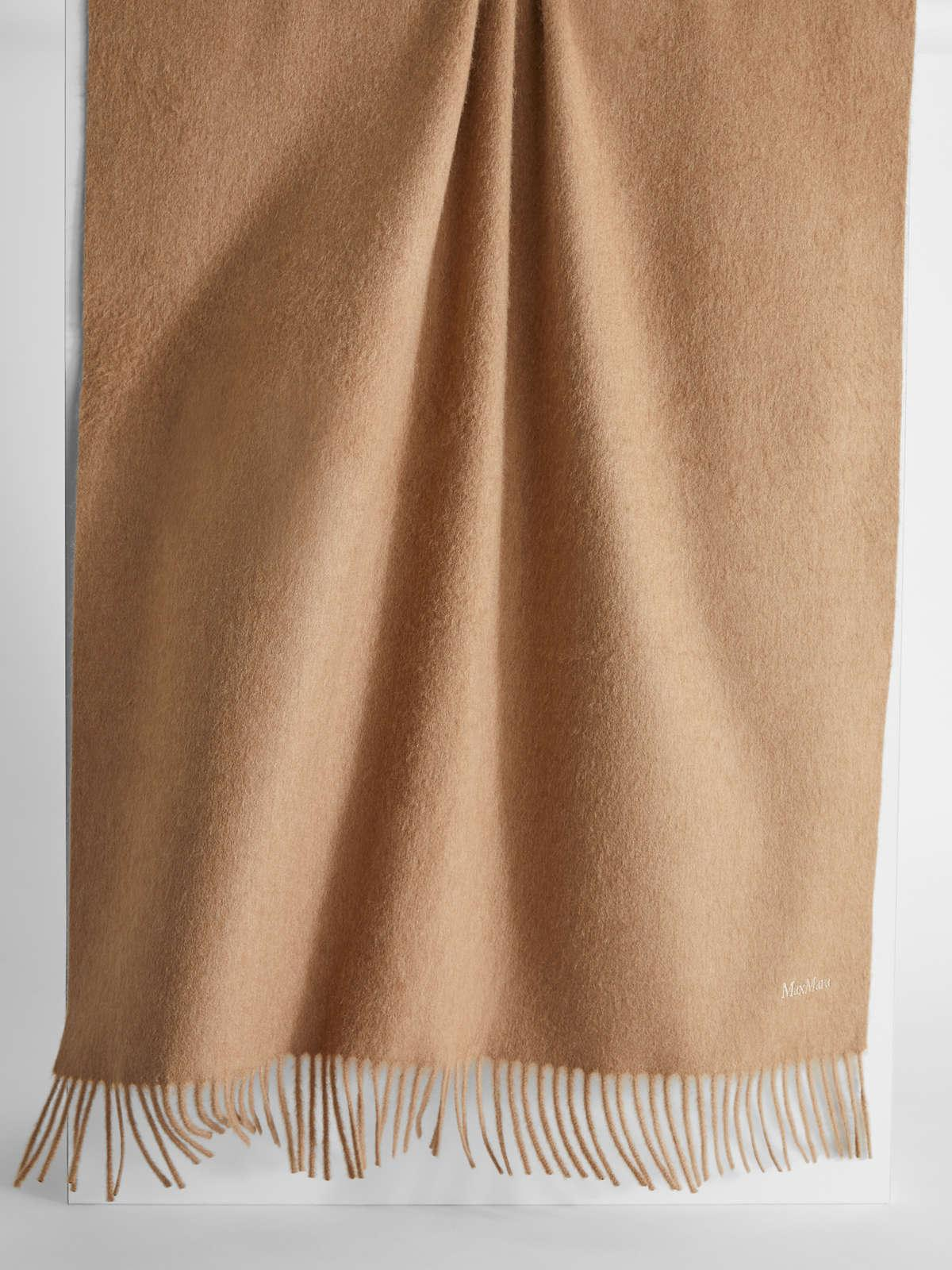 Womens Max Mara Scarves And Foulards | Camel Stole Camel